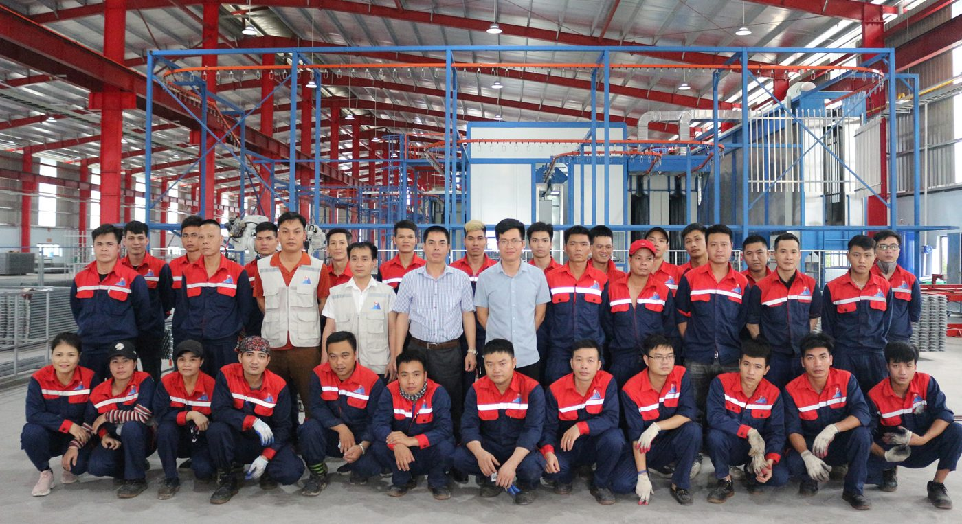 HNSE manager and workers
